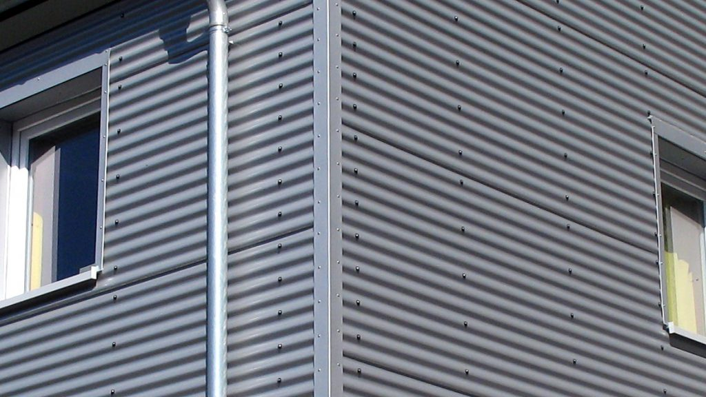 Alle Fenstereinfassungen nach Maß gefertigt