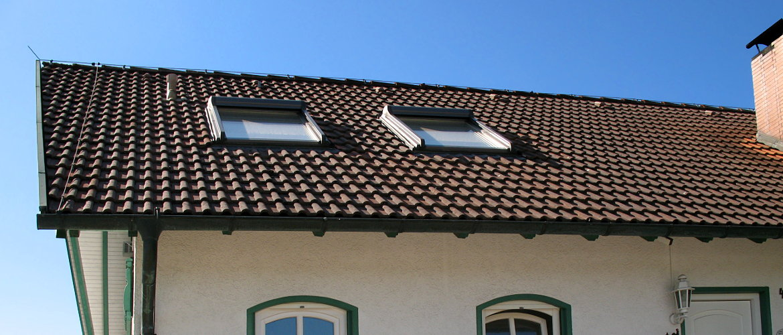 Einbau neuer Wohnraumdachfenster - Wohnhaus im Rheingau-Taunus-Kreis