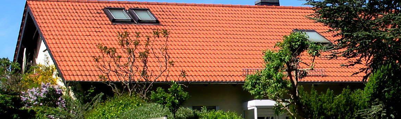 Umdeckung eines Satteldaches und Asbestentsorgung - Wohnhaus im Rheingau-Taunus-Kreis