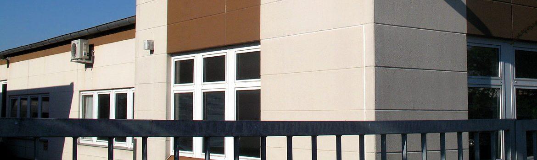 Umfangreiche Sanierungsarbeiten an einem Flachdach - Industriegebäude im Main-Taunus-Kreis