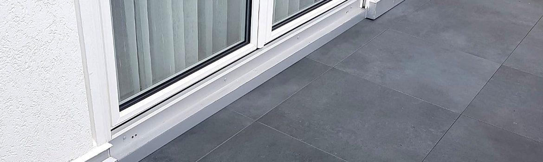Balkonsanierung bei niedriger Anschlusshöhe der Balkontüren - Wohnhaus im Rheingau-Taunus-Kreis