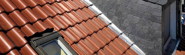 Wärmedämmung, Neueindeckung und Einbau von Wohnraumdachfenstern - Wohnhaus in Darmstadt